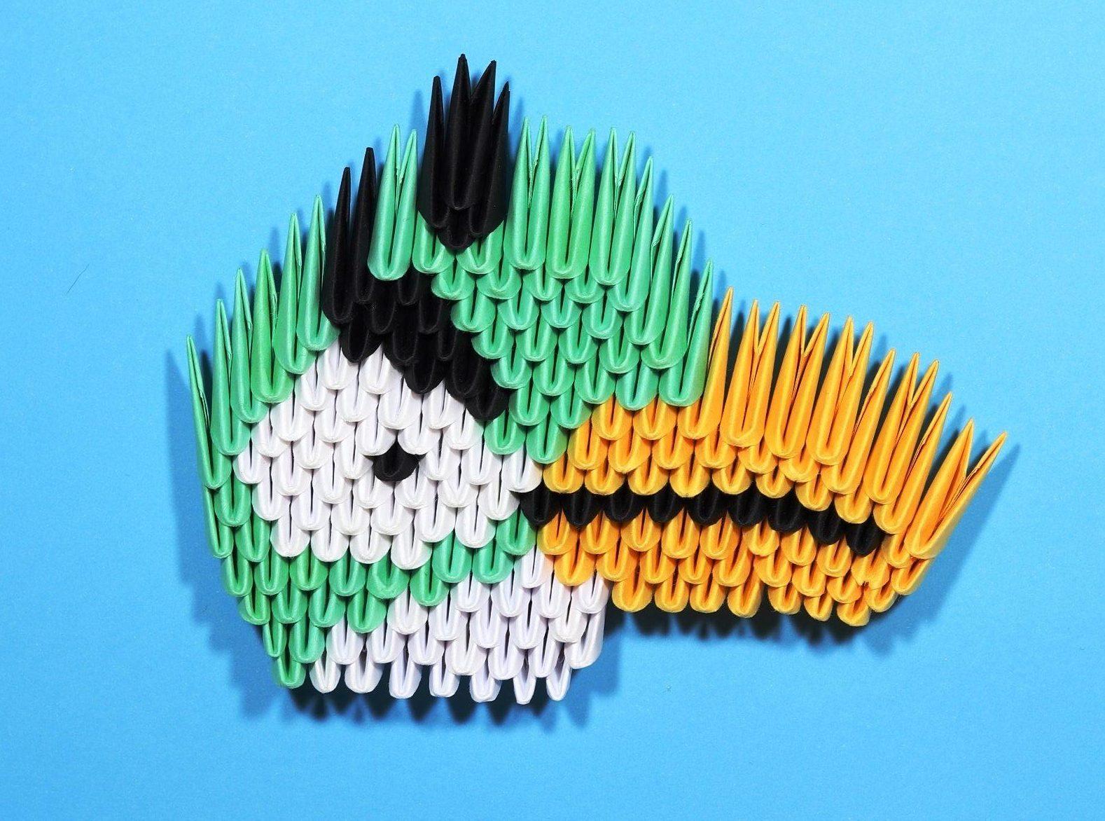 Зеленая птичка оригами