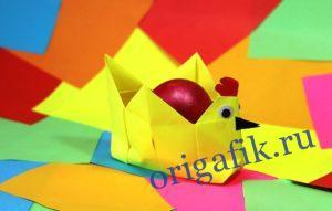 Пасхальная подставка для яиц курочка