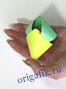Объемный треугольник из бумаги - кусудама (2 варианта)